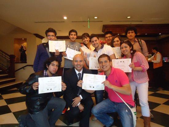 Hotel Plaza Grande: Grupo Universidad de las Américas