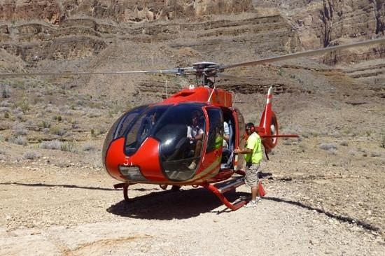 Papillon Grand Canyon Helicopters: helicopter in a Canyon