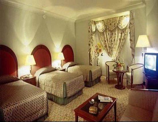 Makkah Millennium Hotel: هذه غرفة لأكثر من ثلاثة أشخاص