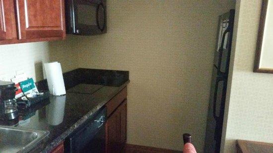 Homewood Suites Ft. Lauderdale Airport & Cruise Port: view of kitchen,fridge