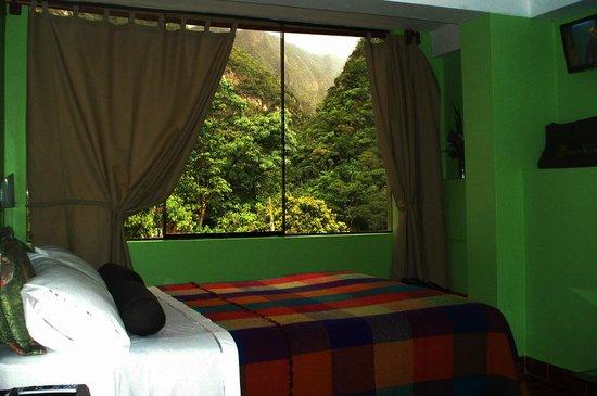 Machu Picchu Green Nature: Vista exterior