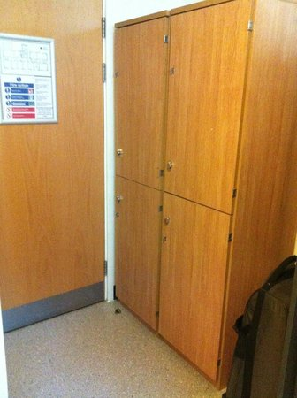 YHA London Central: Private room lockers
