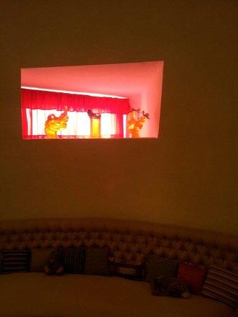 Maison et musée Salvador Dalí : 부부의 거실