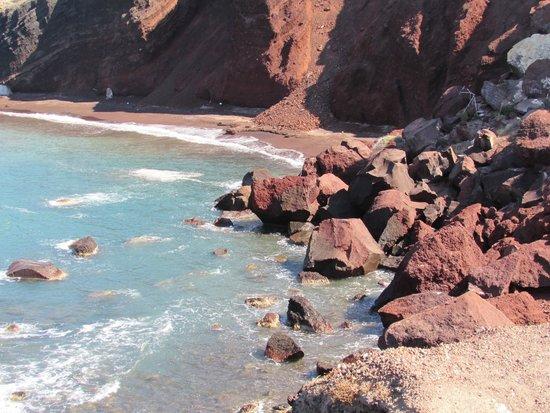 Red Beach : Spiaggia rossa