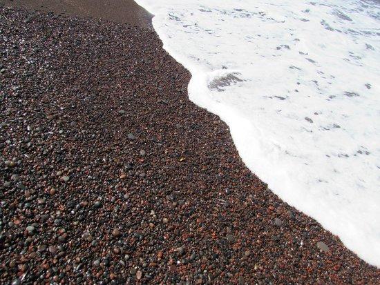 Red Beach : Spiaggia e mare