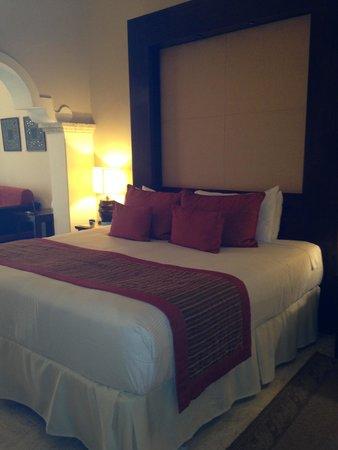 Paradisus Palma Real Golf & Spa Resort: King Bed