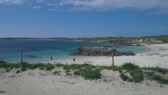Clifden ecoBeach Camping & Caravanning Park: Private beach