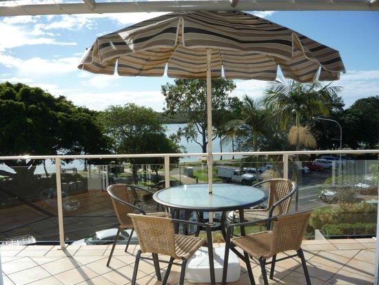Regatta Riverfront Apartments: Balcony View