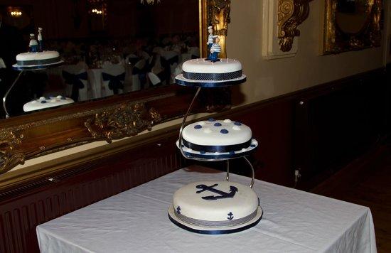 Wookey Hole Hotel: The Cake
