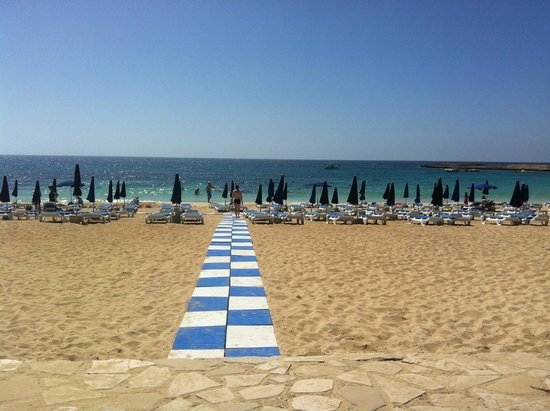 Asterias Beach Hotel: One step from the hotel to the beach area