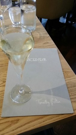 The Spiced Pear: Glass of fizz on the house