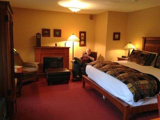 The Settlers Inn: Charming Bedroom