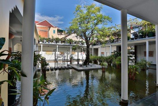 The Plantation Urban Resort and Spa: Entryway