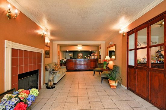 Quality Inn Tulare: Lobby - Quality Inn