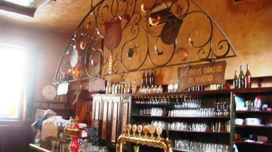 Dačický restaurant : Um bar a toda prova.