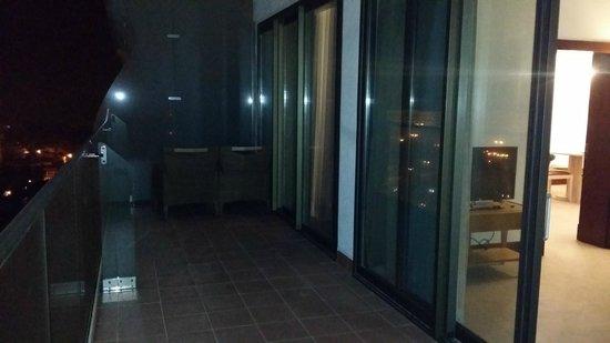 El Aurassi Hotel : Terrazzo