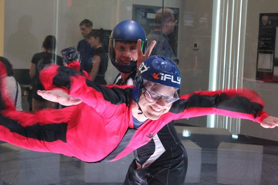 iFly Indoor Skydiving: Mike the instructor giving my wife a photo op