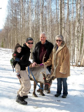 Running Reindeer Ranch : Four generations and a reindeer