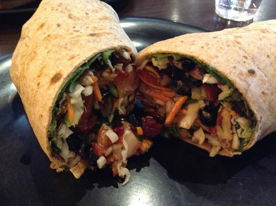 Cafe Soleil: Superfood Veggie Wrap -- SOOOO GOOD