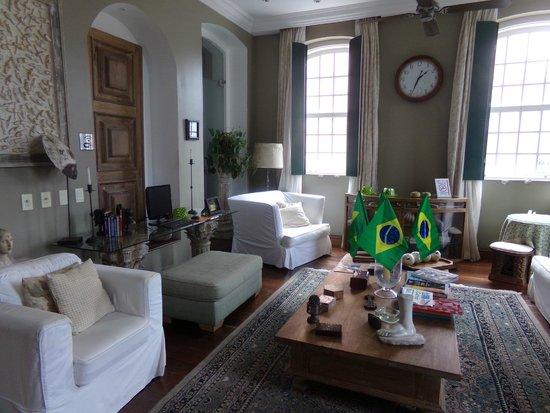 A Casa das Portas Velhas : SALON TRES COSY AVEC INTERNET