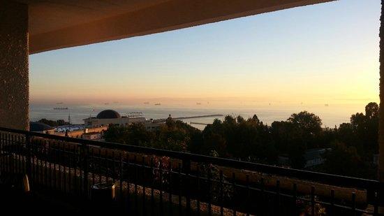 El Aurassi Hotel: Panorama dall'ingresso dell'Hotel