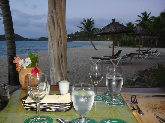 Galley Bay Resort: Dinner table view from Gauguin restaurant