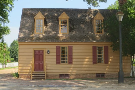 how to get to colonial williamsburg