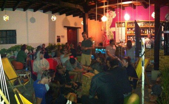 Jungle Party Hostal Club & Restaurant: Jenga!!!