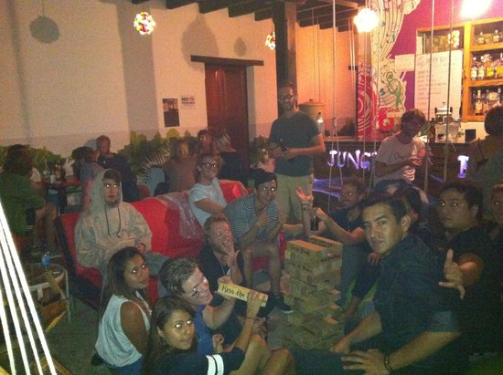 Jungle Party Hostal Club & Restaurant: Someone should kiss the bartender!!