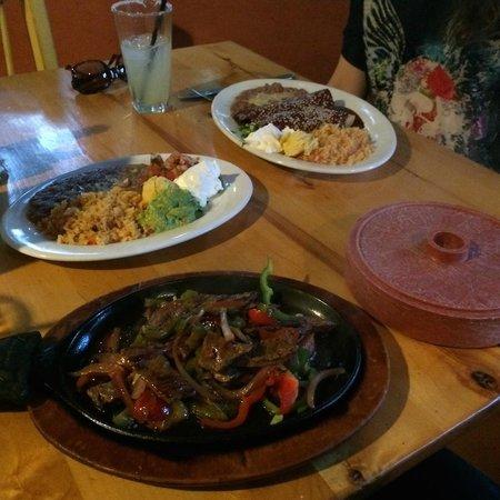 Pacifico Mexican Restaurant: Pacifico Fajitas