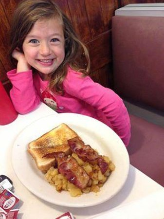 Peter's II: Sophia's favorite breakfast place.  Saturday morning ritual for this family.