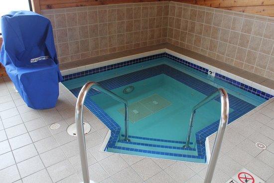 Super 8 Antigo: Hot Tub
