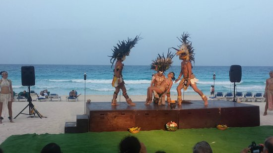 GR Caribe by Solaris : Nuevo Show Maya by the beach