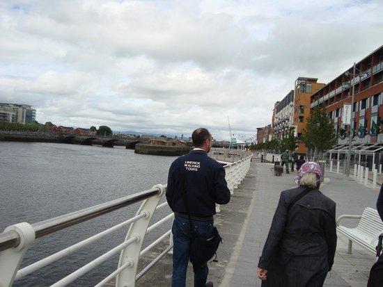 Limerick City Walking Tours: Walking with Declan