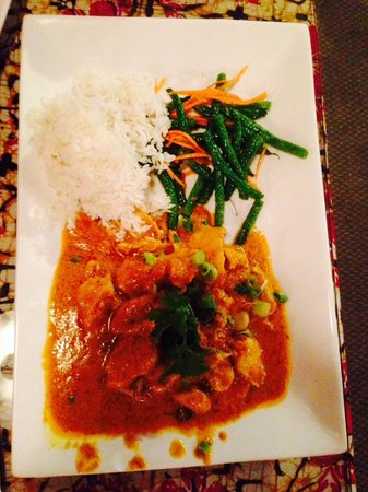 Flavours Restaurant: Rendang Chicken