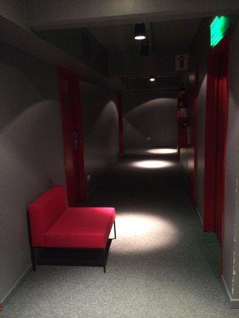Pop Hotel: Hallway