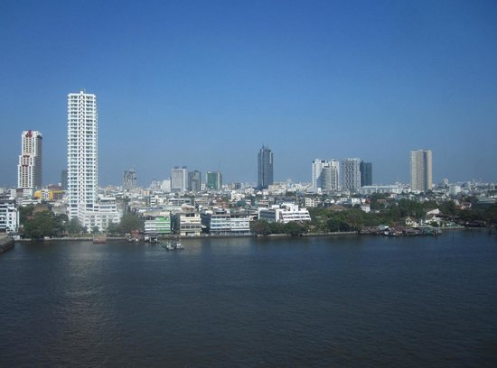 Ramada Plaza Bangkok Menam Riverside : Vue de ma chambre