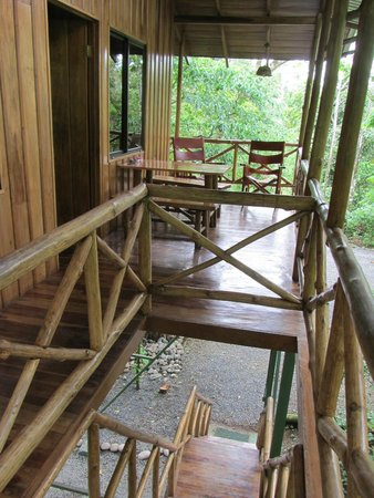 Tree Houses Hotel Costa Rica: deck from top of stairs