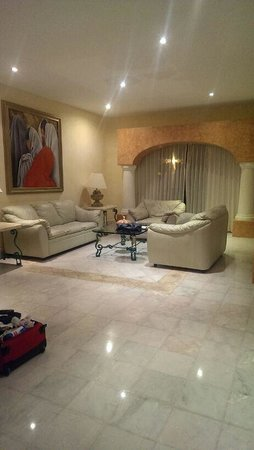 Eurostars Hacienda Vista Real: our living room