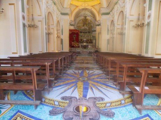 Parrocchia Di San Gennaro: Interior da Parrochia do San Gennao