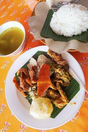 Warung Babi Guling Pak Malen: special set