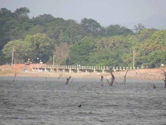 Amaya Lake : Lake