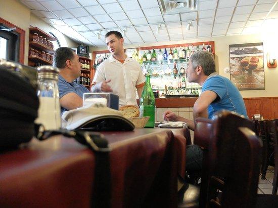 Dominick's Restaurant: Nice atmosphere