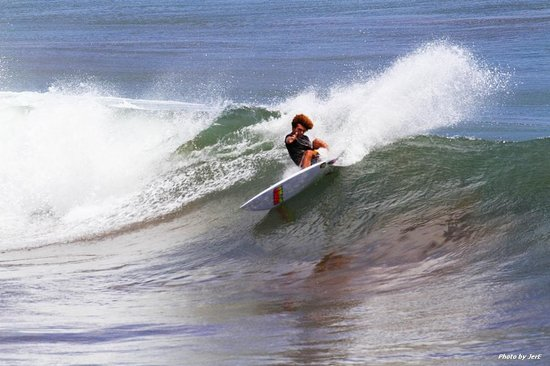 La Barra Surf Camp: Lefts galore