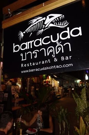 Barracuda Restaurant & Bar: A small tucked away restaurant on Sarees only evening closed off road!