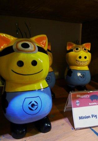 Naughty Nuri's: minion piggy