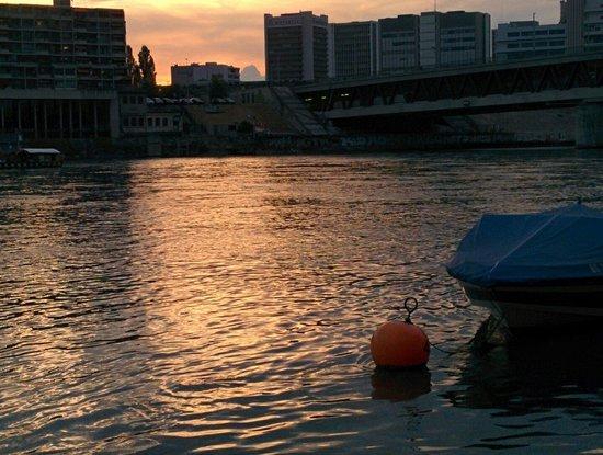 Rheinfähre: Evening at place