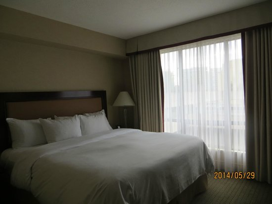 Room 517, Hilton Vancouver Airport.