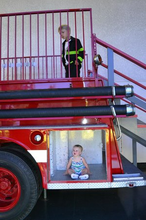 Children's Discovery Museum: A fire truck kids can climb on.....dress up too!