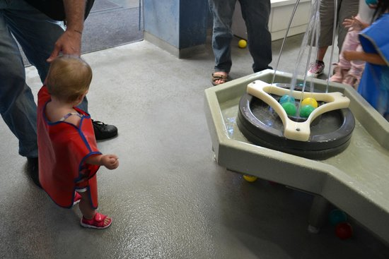 Children's Discovery Museum: water play area.  there is one for big and lkids 4 and under too.